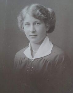 Asta Kathrine Olsen 1900